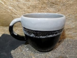 Becher schwarz-grau P1060849