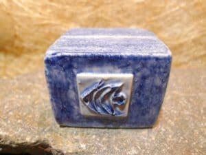 Kartenhalter blau gew. mit Fisch P1060881-82